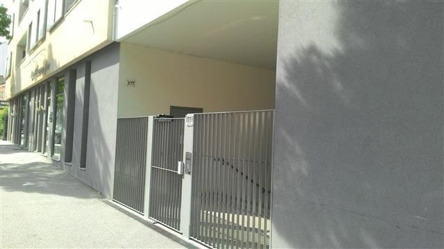 Location appartement Bron 601€ CC - Photo 1