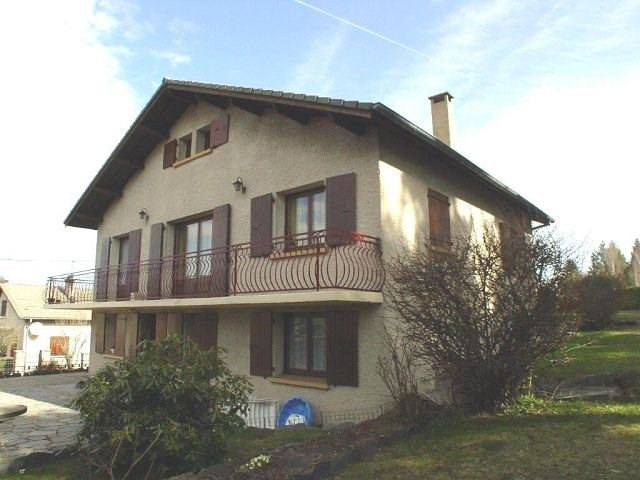 Sale house / villa St agreve 170 200€ - Picture 1