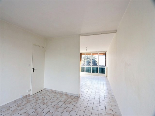 Rental apartment Annecy 925€ CC - Picture 2