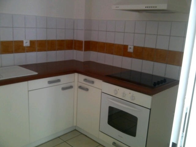 Location appartement Sainte luce 817€ CC - Photo 2