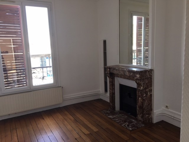 Location appartement Asnieres 940€ CC - Photo 4