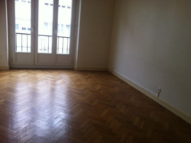 Rental apartment Strasbourg 810€ CC - Picture 2