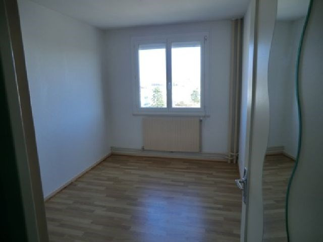 Rental apartment Chalon sur saone 358€ CC - Picture 4