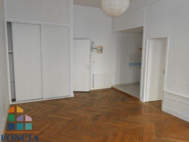 Location appartement Saint-étienne 388€ CC - Photo 3