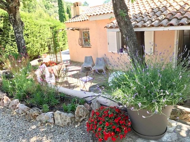 Revenda casa Bagnols-en-forêt 377000€ - Fotografia 8