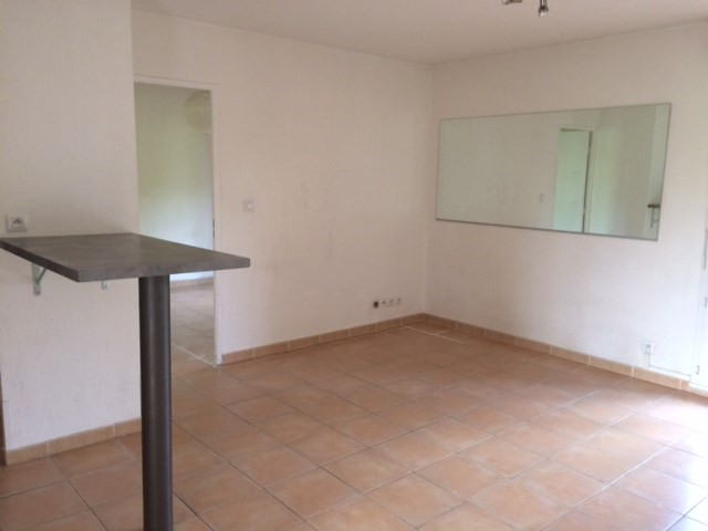 Location appartement Chateauneuf le rouge 720€ CC - Photo 6