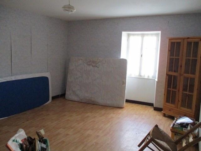 Sale house / villa Saint-jean-d'angély 38000€ - Picture 4