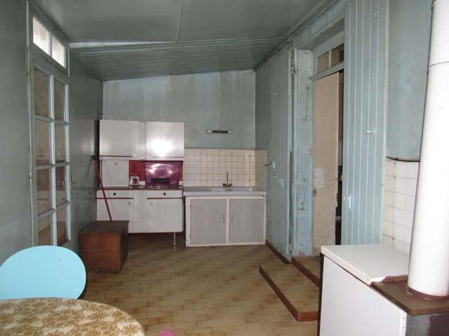 Sale house / villa St séverin sur boutonne 85600€ - Picture 4