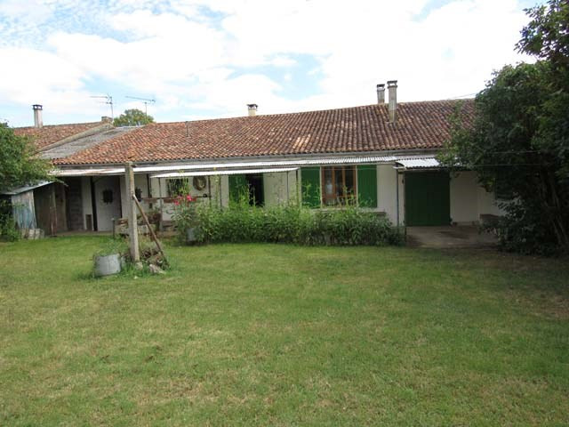 Sale house / villa Archingeay 99675€ - Picture 1