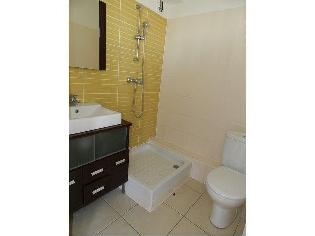 Location appartement St denis 380€ CC - Photo 3