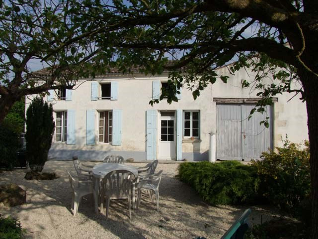 Sale house / villa Varaize 148 500€ - Picture 1