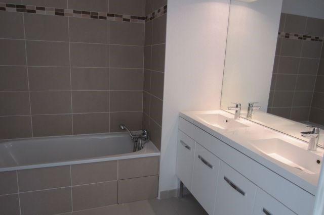 Location appartement Meyzieu 748€ CC - Photo 5