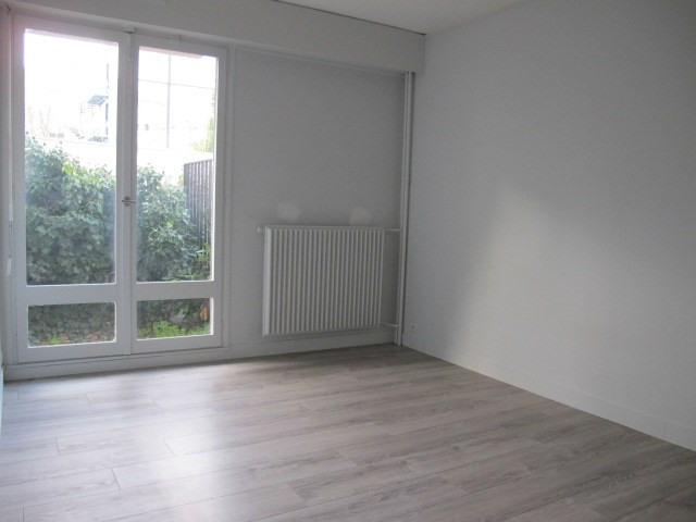 Location appartement Nanterre 2 498€ CC - Photo 4
