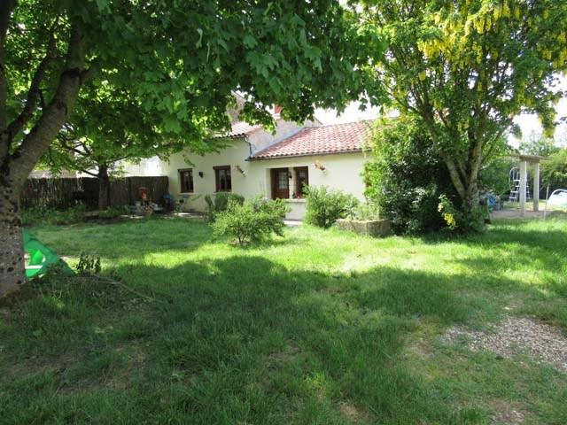 Sale house / villa La jarrie-audouin 85600€ - Picture 2