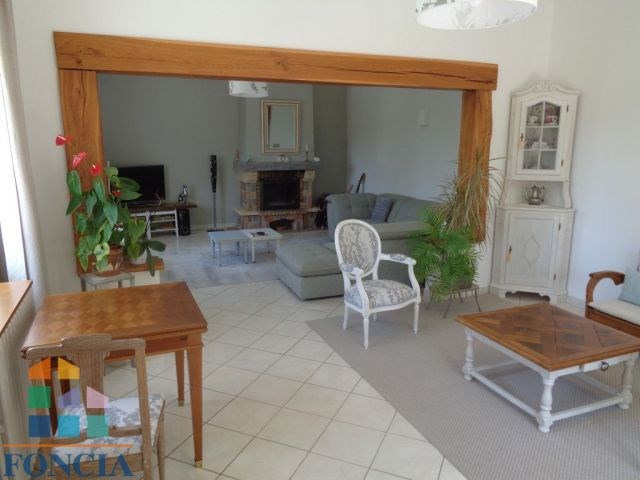 Sale house / villa Les lèches 275 000€ - Picture 5