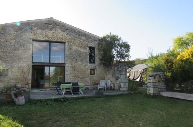 Sale house / villa Bords 243800€ - Picture 2