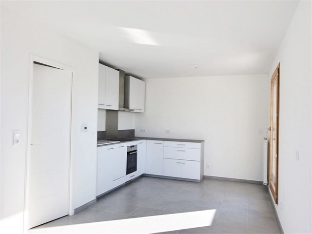 Rental apartment Annecy 835€ CC - Picture 2