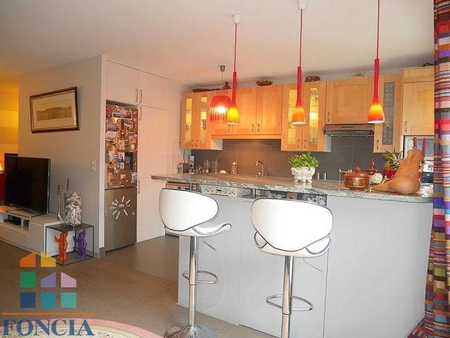 Rental apartment Suresnes 2190€ CC - Picture 9
