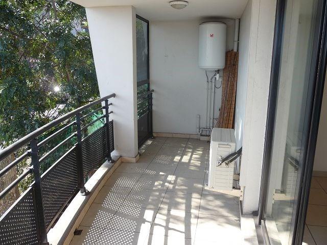 Location appartement La possession 514€ CC - Photo 8