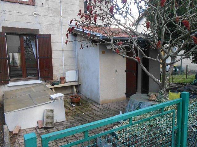 Location appartement Roche-la-moliere 465€ CC - Photo 1
