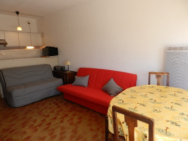 Location vacances appartement La grande motte 286€ - Photo 3