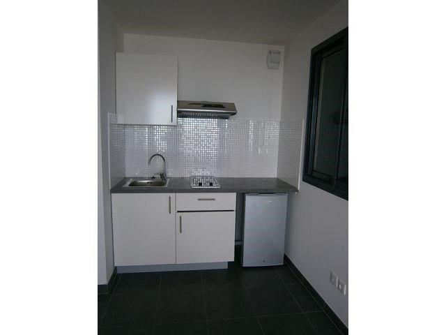 Location appartement St denis 418€ CC - Photo 5