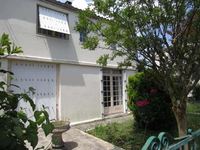 Vente maison / villa Saint-jean-d'angély 80250€ - Photo 1