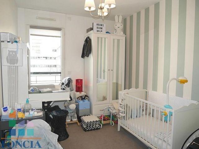 Rental apartment Suresnes 1620€ CC - Picture 9