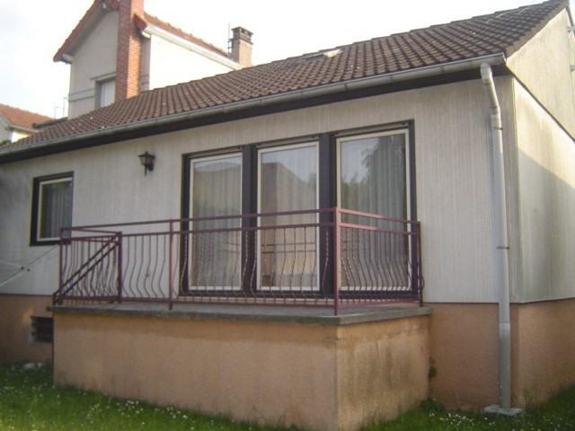 Sale house / villa Les pavillons sous bois 240000€ - Picture 1