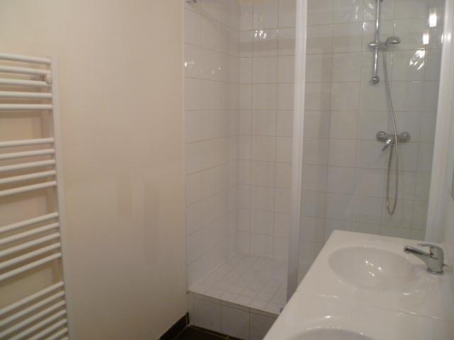 Location appartement Lyon 1er 909€ CC - Photo 6