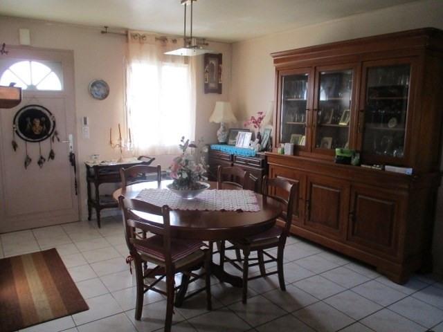 Sale house / villa Saint-jean-d'angély 157900€ - Picture 4