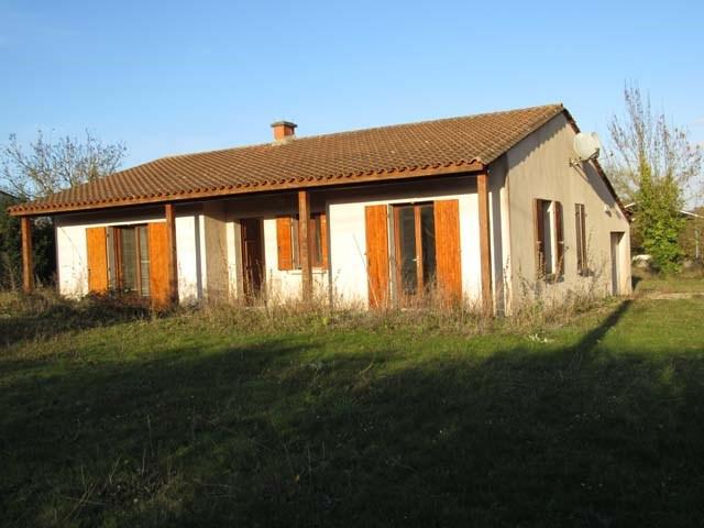 Sale house / villa Saint jean d'angely 143250€ - Picture 2