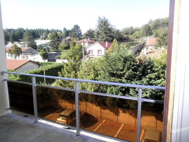 Location appartement Oullins 399€ CC - Photo 3