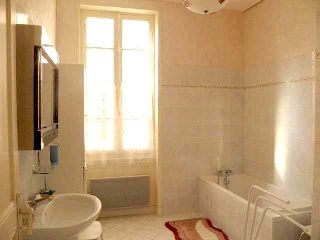 Sale house / villa Romenay 125000€ - Picture 9
