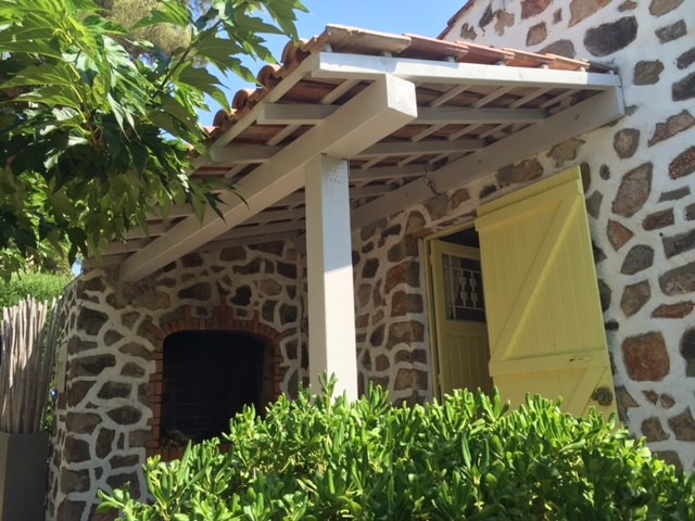 Vacation rental house / villa Les issambres 750€ - Picture 8