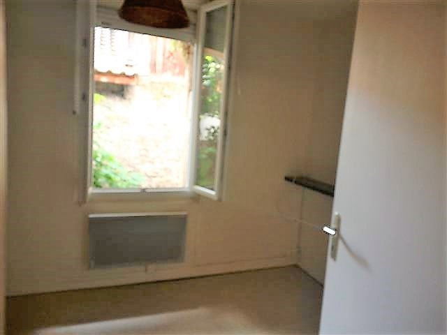 Location appartement Grenoble 285€ CC - Photo 1