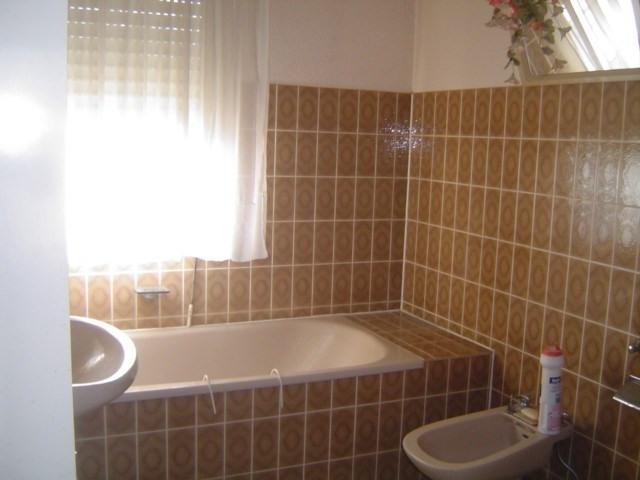 Sale house / villa Les pavillons sous bois 240000€ - Picture 8