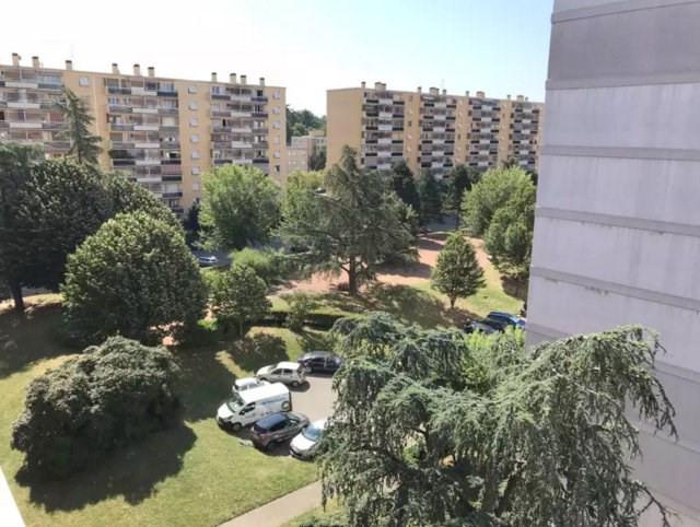 Rental apartment Sainte foy les lyon 750€ CC - Picture 5
