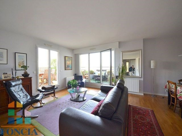 Vente de prestige appartement Suresnes 830000€ - Photo 2