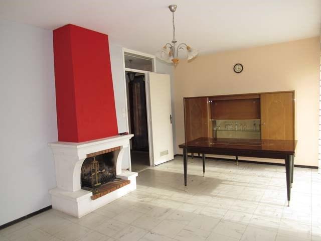 Sale house / villa Saint-jean-d'angély 127800€ - Picture 5