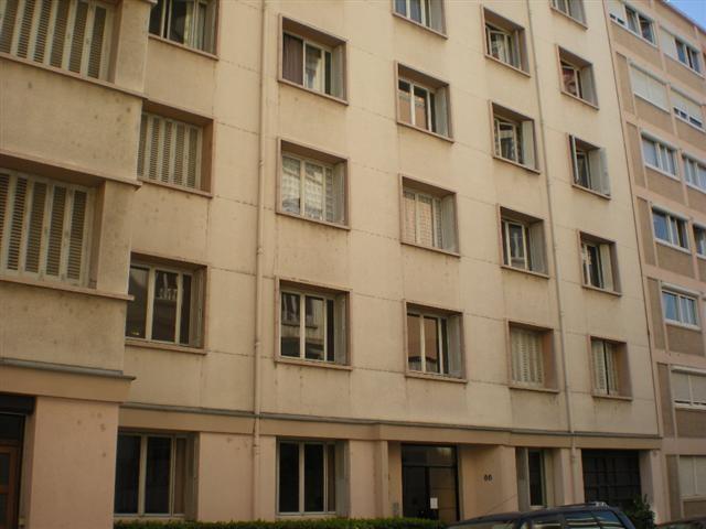 Location appartement Lyon 6ème 469€ CC - Photo 1