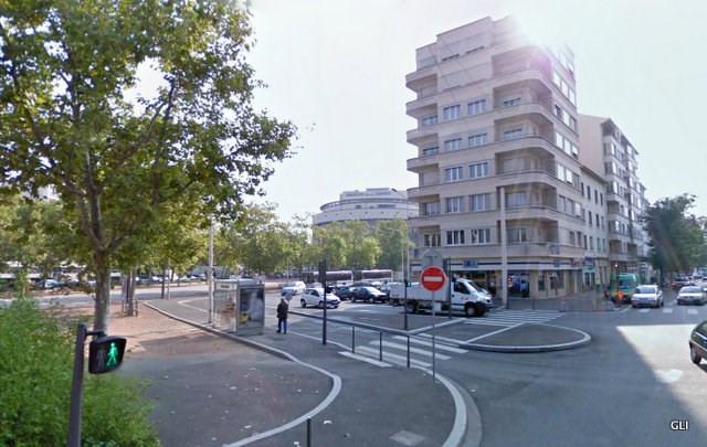 Location appartement Lyon 8ème 882€ CC - Photo 3