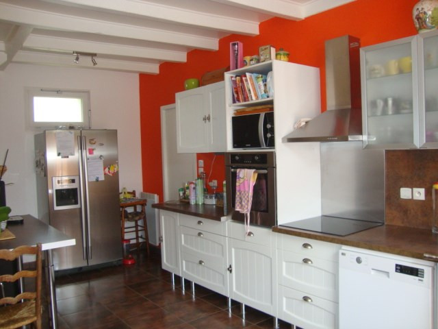 Sale house / villa Saint-jean-d'angély 152 700€ - Picture 5