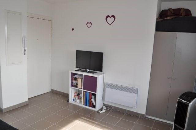 Location appartement Marseille 5ème 462€ CC - Photo 3