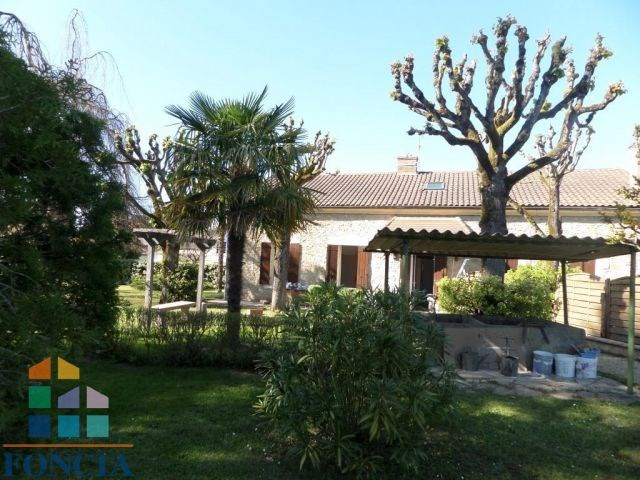 Rental house / villa Bergerac 680€ CC - Picture 1