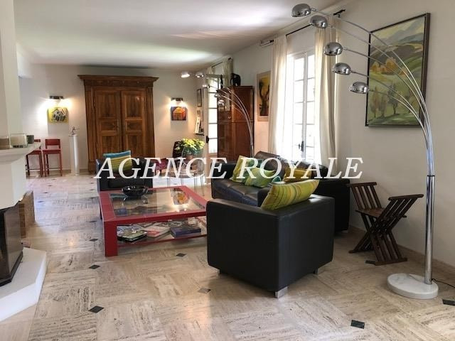 Deluxe sale house / villa Chambourcy 1079000€ - Picture 2