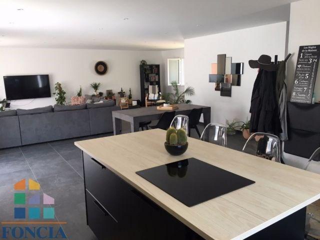 Vente maison / villa Auberives-sur-varèze 280000€ - Photo 2