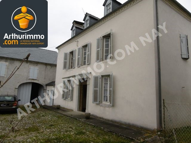 Sale house / villa Nay 180 000€ - Picture 1
