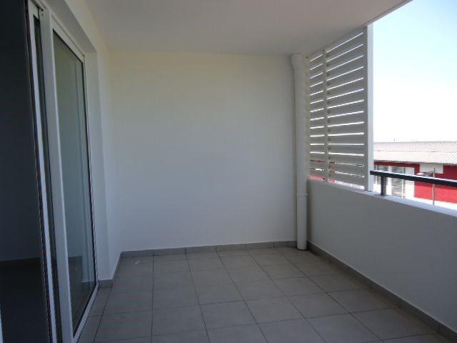 Location appartement St denis 606€ CC - Photo 7