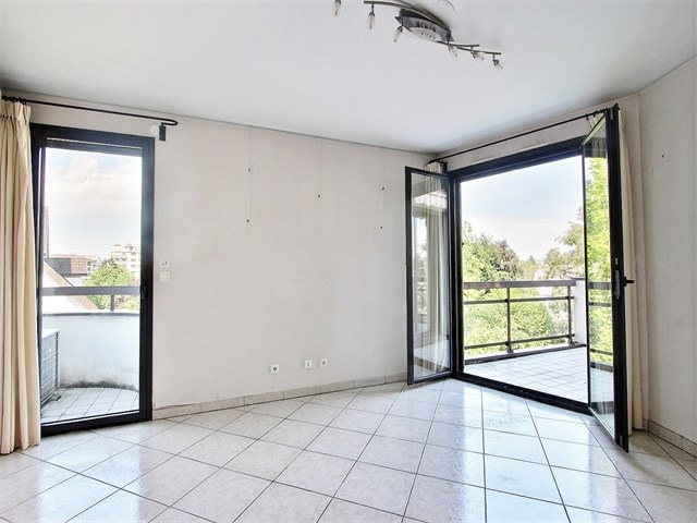 Sale apartment Annecy 280 000€ - Picture 2